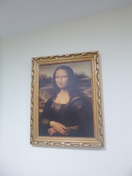 10. Et Mona Lisa dans la sdb...c'est un peu comme emmener le Louvre dans sa valise