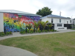 60. Mémorial et street art font bon ménage à Takaka