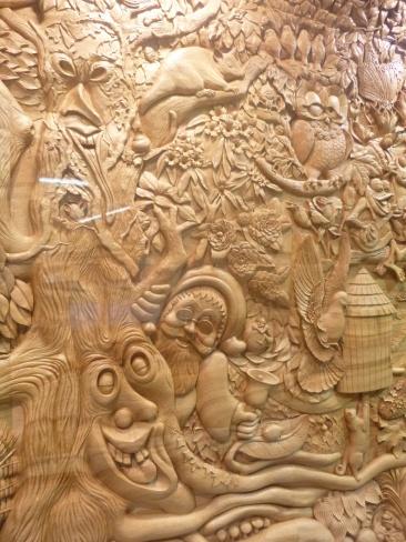 82. Hamilton gardens - Sculpture sur bois