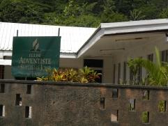 19. Une des mille et une églises de Polynésie...