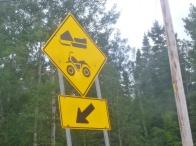 74. Voie pour motos et motos-neige !