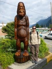 117. Hope - Ville célèbre également pour ses nombreuses sculptures sur bois...à la tronçonneuse !