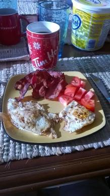 28. Bacon & eggs... YUM !