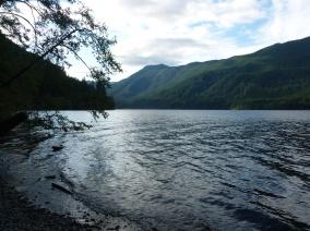 12-il-ny-pas-quau-canada-que-lon-trouve-des-lacs-magnifiques