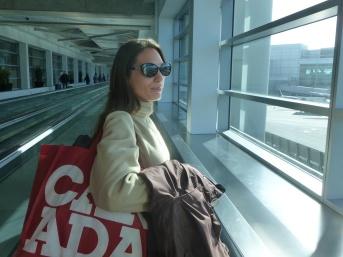 2-aeroport-de-san-francisco-lucile-part-faire-connaissance-de-sa-niece