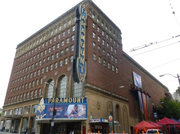 32-seattle-15-le-paramount