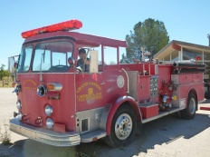 31-tom-essaie-le-camion-de-pompiers