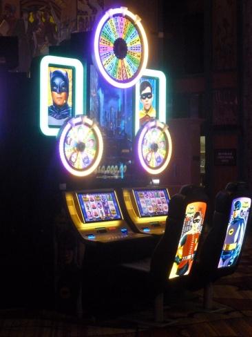 9-des-machines-a-sous-a-theme-ici-le-tout-premier-batman-navet-de-premier-choix
