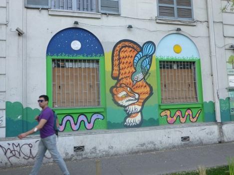 14-des-peintures-murales-un-peu-partout-dans-la-ville