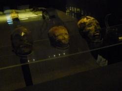 34-ces-momies-datent-de-5000-ans-avant-jc-les-egyptiens-nont-qua-aller-se-rhabiller