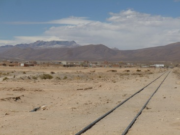 53-passaient-par-ici-les-trains-a-destination-du-chili-avec-les-richesses-pour-lespagne-a-leur-bord
