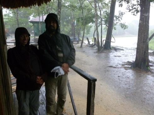 93-qui-dit-amazonie-dit-egalement-pluie-tropicale-nous-serons-trempes-jusquaux-os