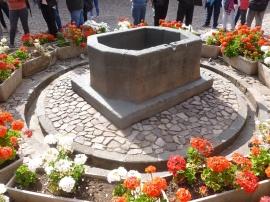 22. Au centre de la cour, le symbole du centre du monde inca du temps de cette civilisation