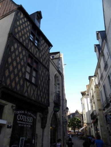 14. Tours - Rue Briconnet