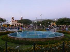 2. Plaza de armas de Nazca