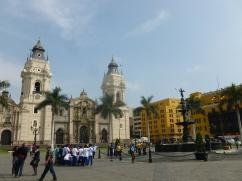 29. Plaza de armas Lima