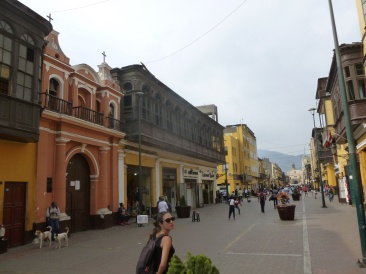 34. Balade dans Lima3