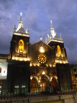 20. La cathédrale de Banos