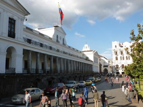 57. Balade dans Quito3 - Le palais présidentiel
