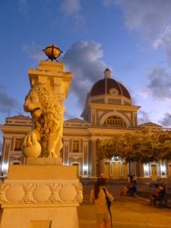 Cuba - Cienfuegos - Place centrale