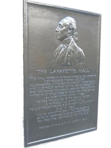 17. Hommage à Lafayette