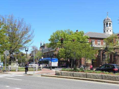 18. Balade dans le quartier de Havard, fondée en 1636, la plus vieille université des Etats-Unis
