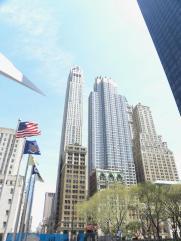 4. 1ere vision dans New-York en sortant du train, la hauteur des tours nous coupe déjà le souffle