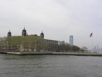 41. Arrivée sur Ellis Island