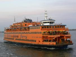 81. Le ferry d'origine, toujours actif